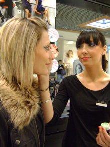 Témoignage de pros,Emmanuelle,21 ans, Conseillère en vente dans un magasin Sephora