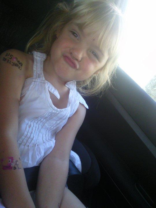Mon amour de niece.<3$