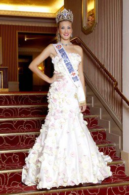 LES PHOTOS; Avec Genevieve de Fontenay et Miss Prestige Nationale 2012: Christelle Roca