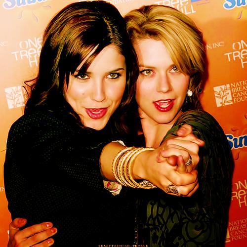 Brooke&Peyton.♥