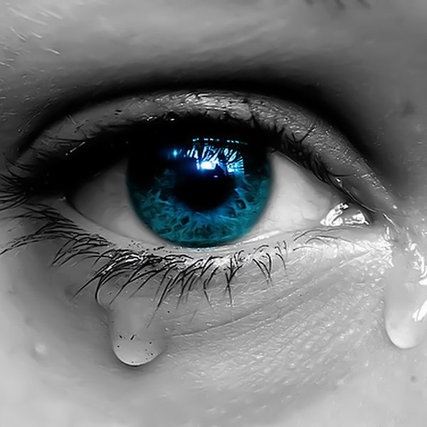 La plus belle preuve d'amour, c'est une larme sortie des yeux d'un garçon amoureux.