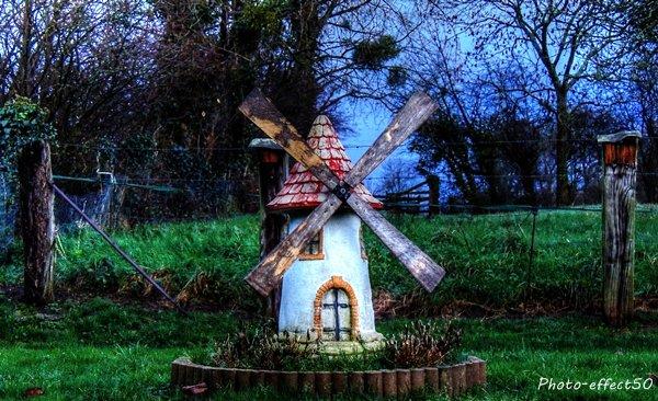 Quand le vent du changement se lève, les uns construisent des murs, les autres des moulins à vent. Proverbe chinois