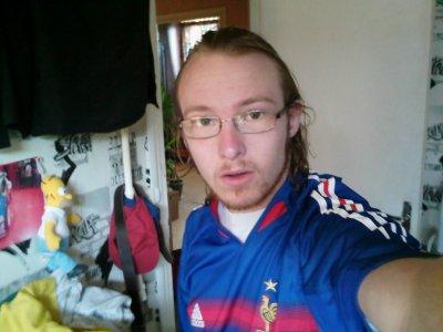 moi avec mon maillot de l'equipe de france de 2005
