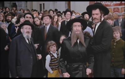 Rabbi jacob le cin ma et louis de fun s for Dans rabbi jacob