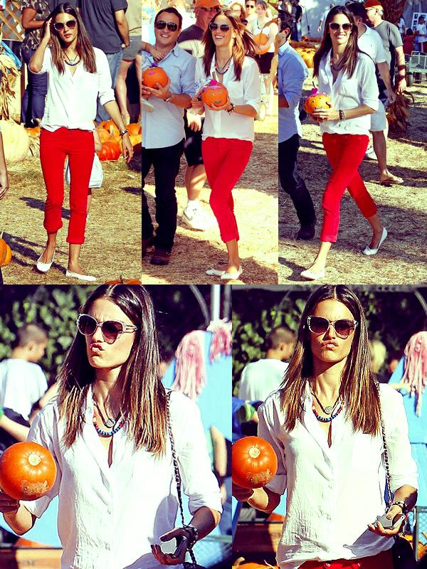 Alessandra, Anja Louise et Jamie étaient à la fête pré-Halloween, le 16 Octobre.