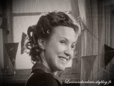 Lucienne Borderie ce n'est pas une heroine de guerre c'est juste une personne normal .