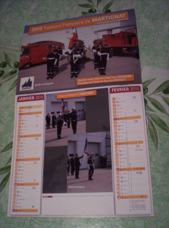A  VENDRE : Calendrier des Sapeurs-Pompiers de Martignat 01, année 2010. Prix : 2 ¤