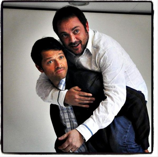 "Comic Con 2013 : Photoshoot ""EW"" Mark & Misha"