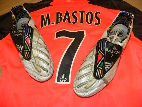 Chaussures portées par Michel Bastos