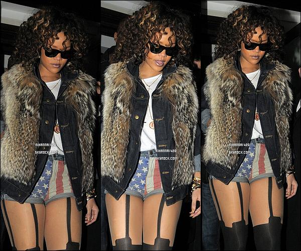 Rihanna de sortie!