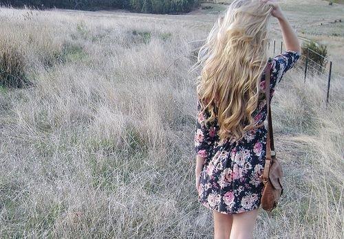 J'ai du mal à comprendre, pourquoi tu me cache tout, pourquoi tu ne me portes pas dans ton coeur, pourquoi tu m'évites ?