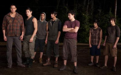 Sam, Paul, Jared, Embry, Quil, ? & ?
