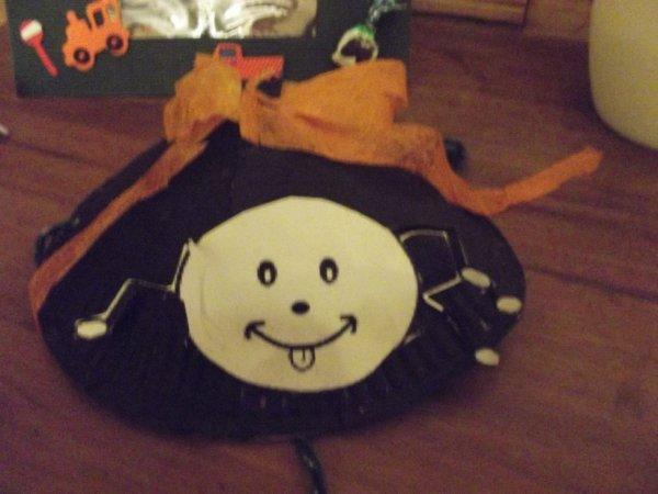 chapeau d'haloween de  mathys
