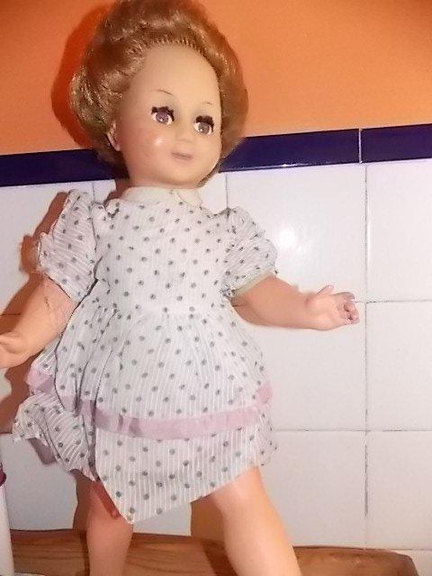 poupée gégé ancienne