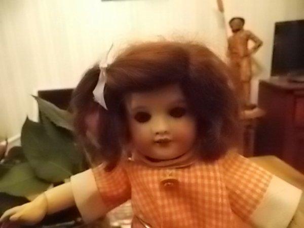 petite poupée ancienne