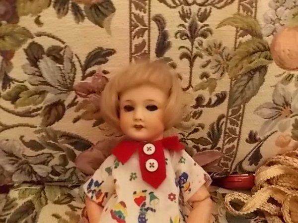 petit passage au musee de la poupée paris
