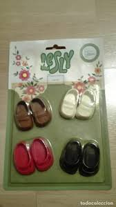 """pour Isaphilina les """"zapatos con Lesly"""""""