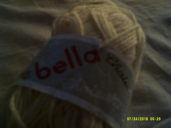 curiosite on connaissait les poupées bella,mais pas la laine