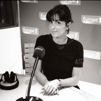 """Jenifer Sur Europe 1 """" Les Incontournables """""""