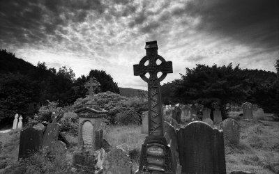Chapitre 2: L'enterrement