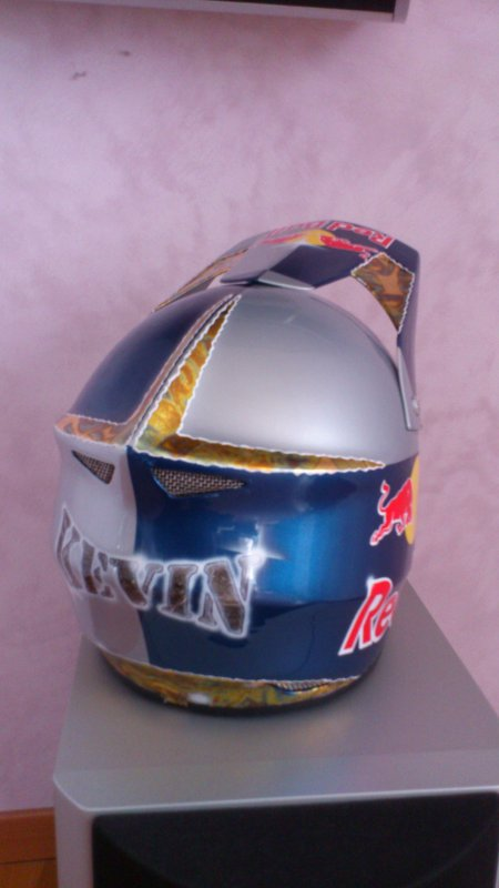 "Mon casque en version "" Red Bull """