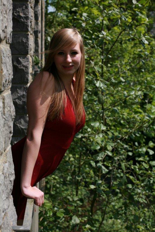 Je préfère être princesse d'un petit royaume que courtisane dans un grand château.