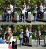 Dans l'après-midi du 23 septembre la belle Demi était avec un ami ( Rob Kardashian ) à Pinz Bowling Lanes dans Studio City. Plus tard elle a été aperçu sortant de chez elle à Toluca Lake avec sa robe pour Contra El Cancer's 25th Annual Gala.