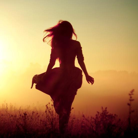 """"""" Quoi qu'il arrive, crois en toi. Crois en la vie. Crois en demain. Crois en chaque chose que tu fais. """" Bill Kaulitz"""