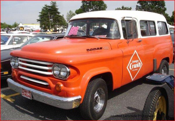 Dodge D-100 Fargo