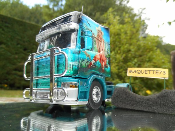 "Scania  ""Transport Jacot"""