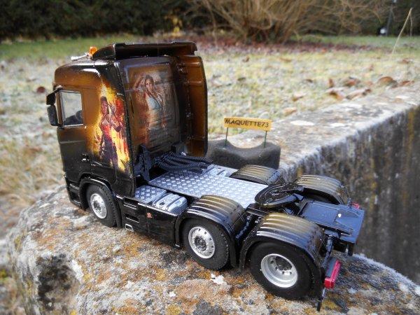 "Scania S730 6x2    ""Tomb Raider"""