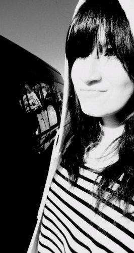 # I'm Gønnα B℮ α H℮rø Søm℮dαy .*