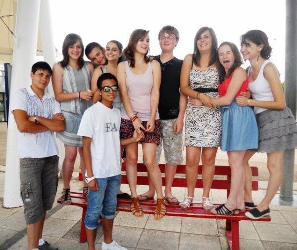 Les Amis ; la Deuxieme Famille .. ♥