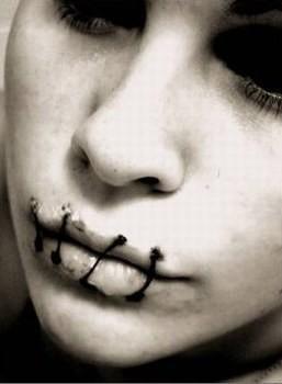 se murrer dans le silence...