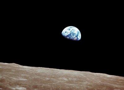 La Terre!!