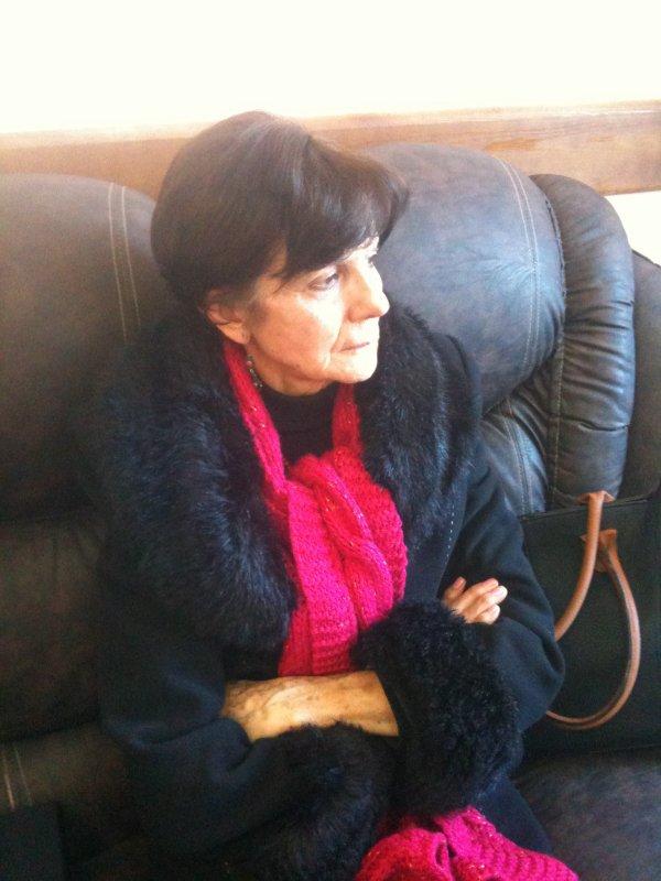 Mme Léïla Aslaoui, hôte du Café Littéraire de Chlef -