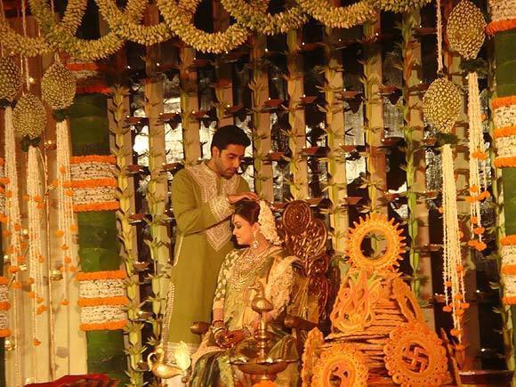 Beti B : Aaradhya ? Pic : Aishwarya's Seemantham (Baby Shower)