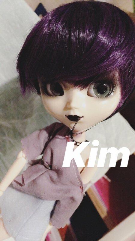 KIM (première doll)