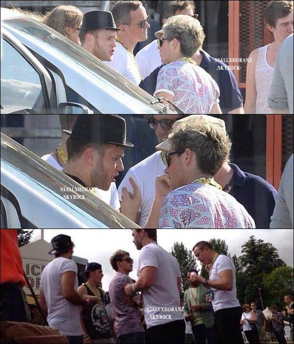 18/08/13 : Niall au V Festival.