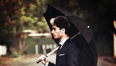 Fiction Sous Un Parapluie