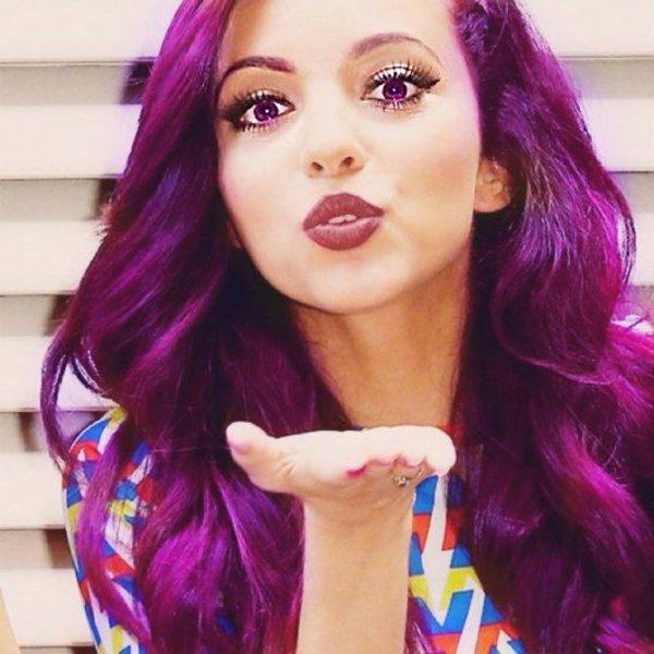 Couleur cheveux rouge et violet