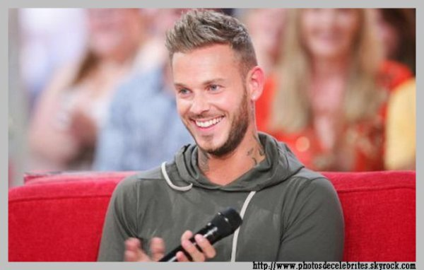 "PAROLES DU TITRE ""MA POUPEE"",EXTRAIT DE L'ALBUM ""A LA POURSUITE DU BONHEUR"" M.POKORA"