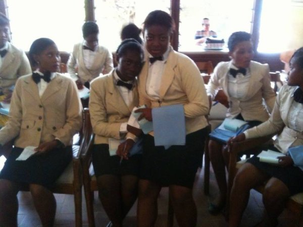 Les filles de la TH3A du lycée hotelier d'abidjan