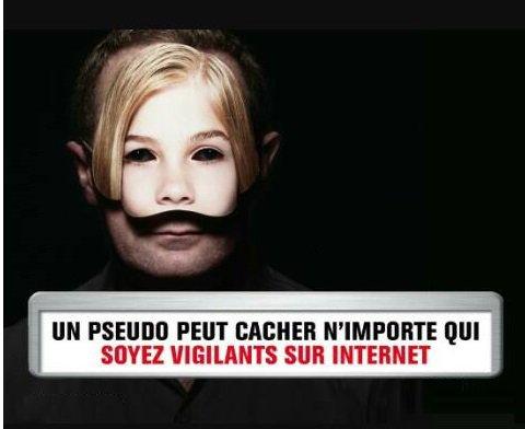 Nus devant la webcam : les affaires de chantage explosent en France - France 3 Basse-Normandie