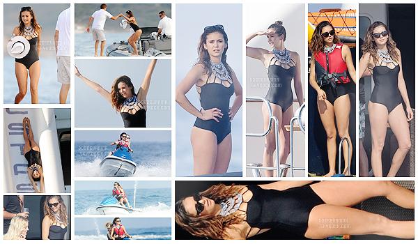 . _________21 Juillet 2015 - Nina sur un Yacht et faisant du Jetski à St Tropez avec ses amies! ________━  ━  ━  ━  ━  ━  ━  ━  ━  ━  ━  ━  ━   ━  ━  ━  ━  ━  ━  ━  ━  ━  ━  ━  ━  ━  ━   ____________Nina est vraiment très belle  sur ces clichés ! Son maillot de bain est vraiment très beau et du moins pas banale!     .