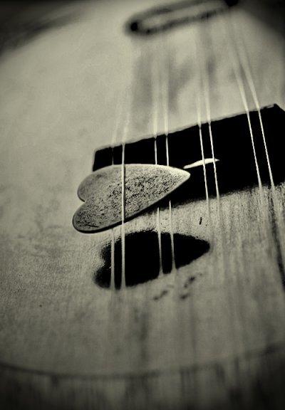 Et pleurer en silence, le manque et l'absence.