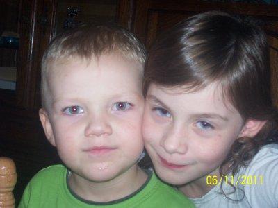ma fille chloé et mon neveu timéo