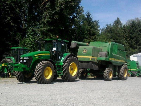tracteur et moissoneuse