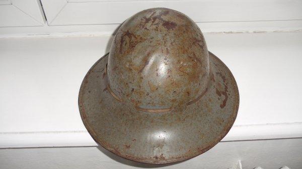 casque Anglais civil défense daté 1941