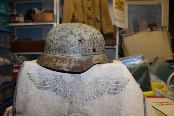 coque de casque Allemand luftwaffe avec sont camoufflage hivernal